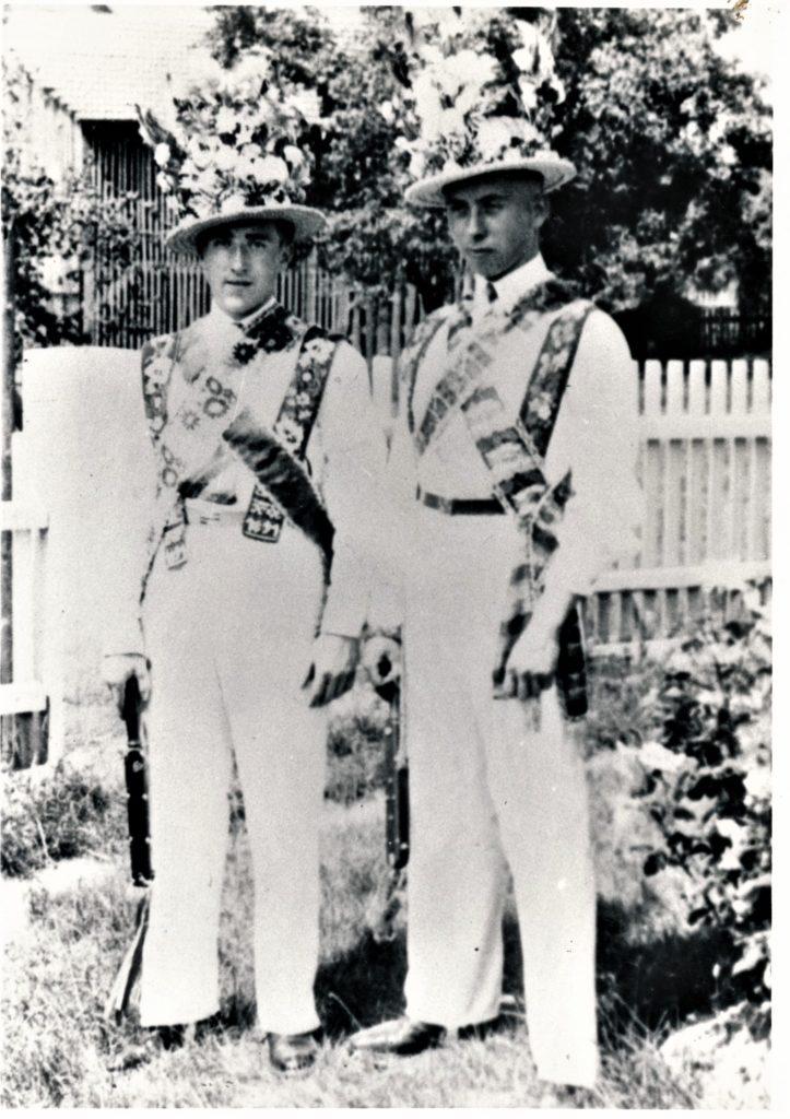 Kirmesburschen 1935, Erich Klotz und Walter Weiß